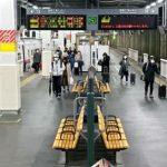 ウイルス禍の年末帰省スタート 新幹線ホーム、今年は人少なく