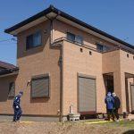 茨城・東海村の男性殺害事件 指名手配の弟、車を乗り捨て 県警押収、近くの駐車場で