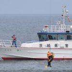 茨城県警が水難救助訓練 鉾田の海岸 人工岬周辺で事故想定