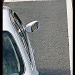 全裸で車揺らし運転手殴る パトカー破壊と関連は