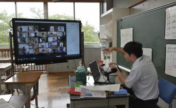 茨城・守谷の小中学校 夏休み明け、オンライン授業開始 コロナクラスター防止を最優先