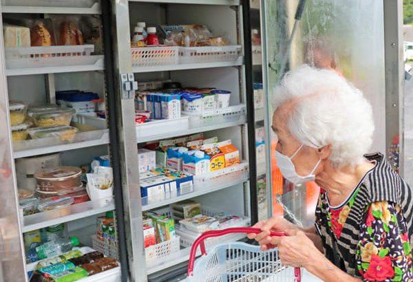 佐々町の「買い物弱者」支援 移動販売車を導入 セブン-イレブンが週6日巡回
