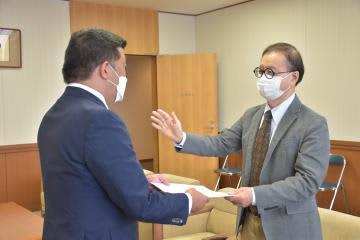 茨城・つくばセンタービル、改修再検討の要望書 市民団体、市と議会に