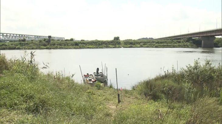 利根川にうつぶせ男性遺体 事件・事故の両面で捜査