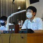 「烏山学」の研究成果を披露 烏山高3年生が議会向けに