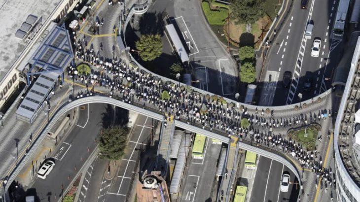 地震でダイヤ乱れ、影響36万人
